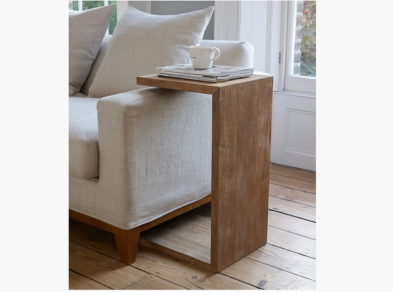 U Shape Side Table With Sofa And Wooden Flooring Id774